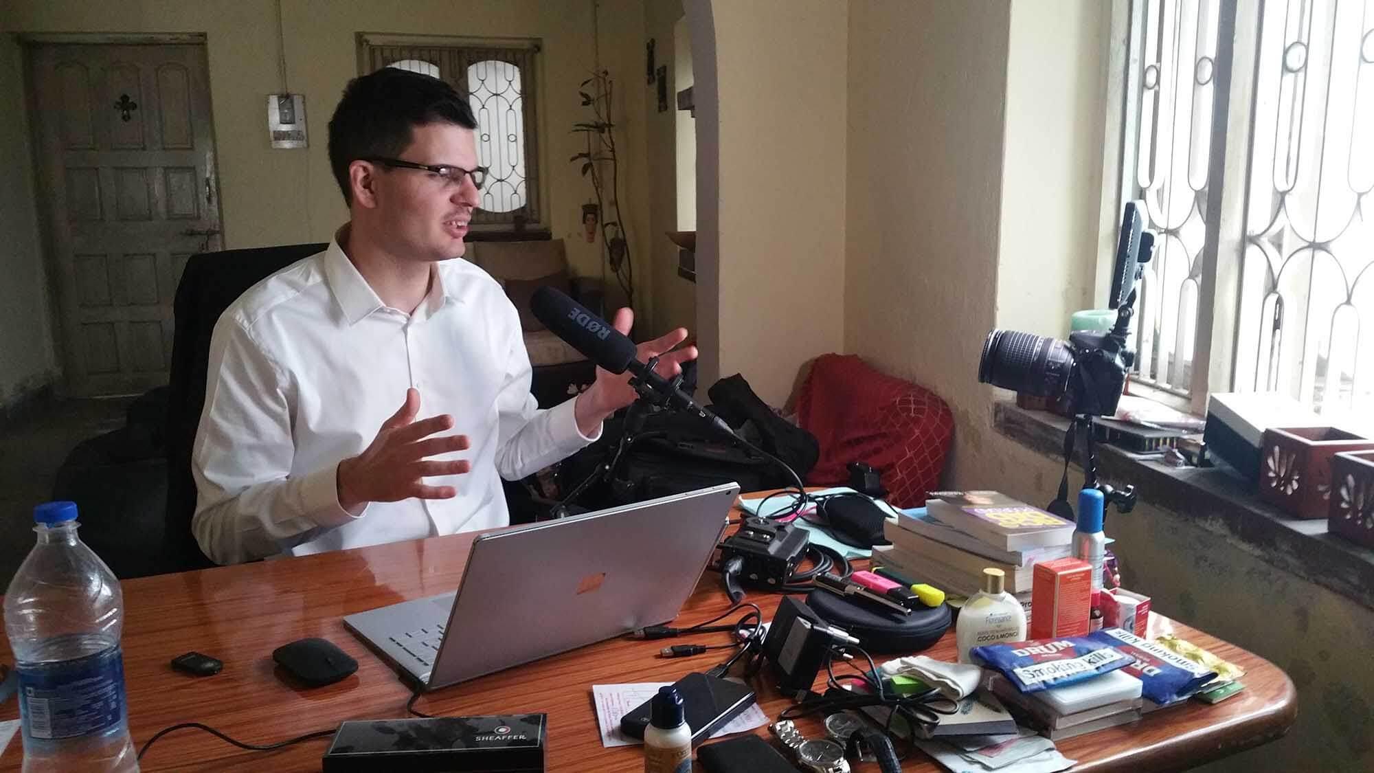 Session d'enregistrement de l'émission chez moi en Inde, début 2017