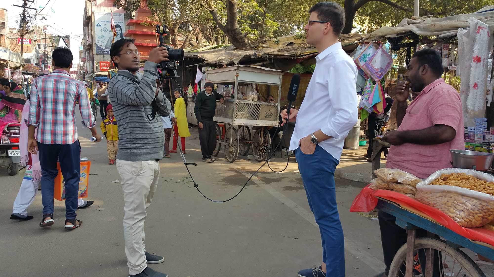 Enregistrement d'un épisode dans les rues de Ranchi, Inde