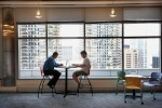 Des bureaux où il fait bon travailler - Open space - Google's Chicago Office Offers Career Coaching To Veterans